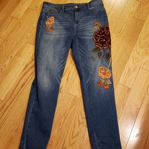 Chico's applique  jeggings size 2 (size 12)